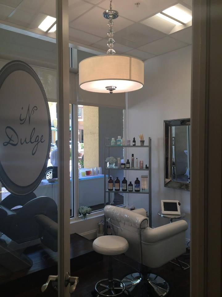 salon suites business that develops fully equipped luxury suites or a